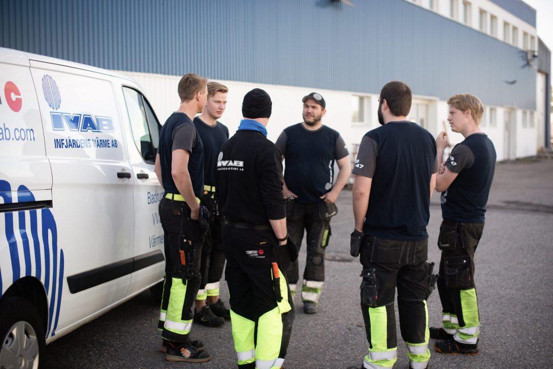Två entreprenadmontörer, Örebro/Hallsberg
